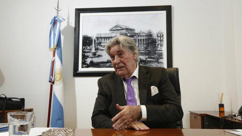 Armando Pérez se reunió con los veedores