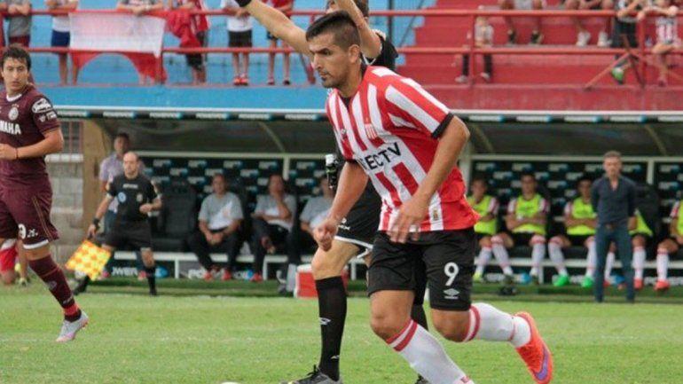 Viatri se recuperó y jugará de titular para el León.