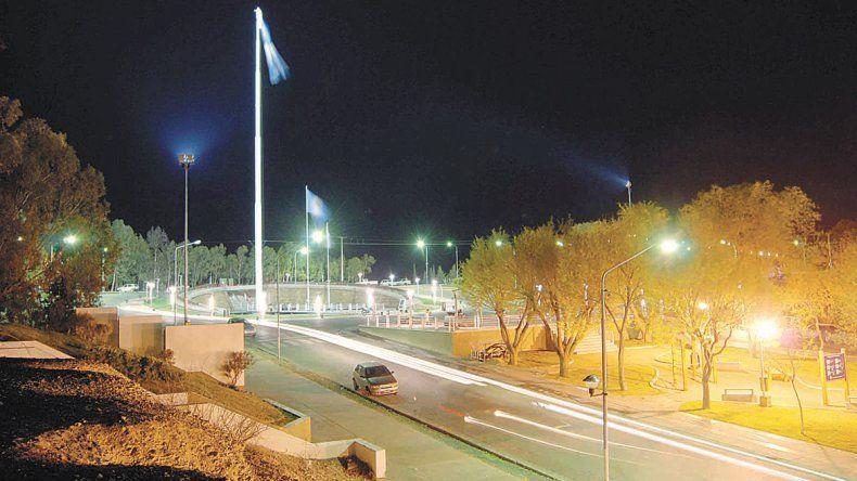 La Plaza de las Banderas cambiará su alumbrado y mobiliario antes de 2017.