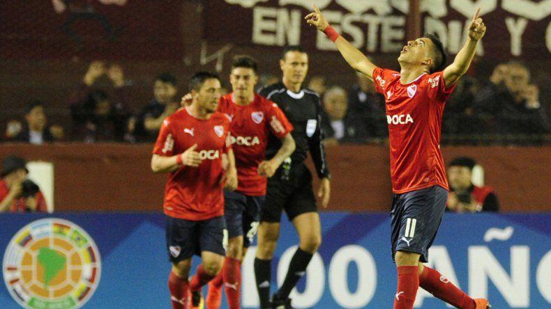El Rojo venció a Lanús en el partido de ida de la segunda fase