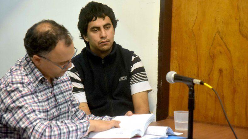 Lucas el Borrachito Lira junto a su abogado defensor