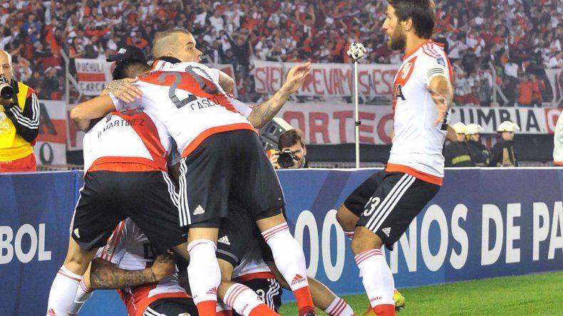 River, bicampeón de la Recopa Sudamericana