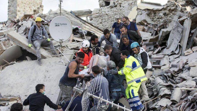 El terremoto en el centro de la península ya causó 281 víctimas fatales.