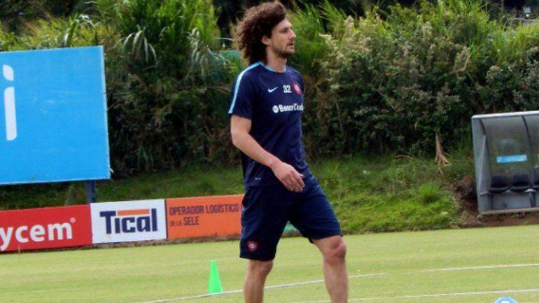 Fabricio Coloccini vuelve a la cancha de San Lorenzo tras 15 años.