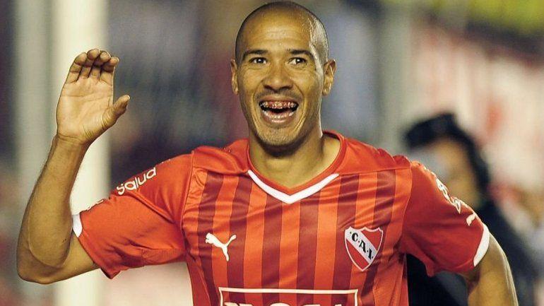 Diego Vera será titular en Independiente.