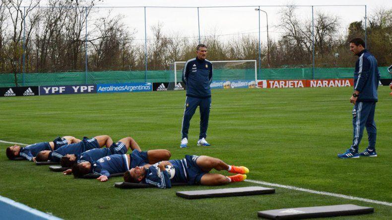 Bauza dirigió ayer su primer entrenamiento con la Selección.