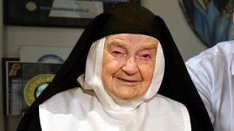 La monja de 95 años se encuentra desorientada