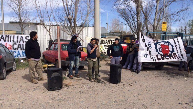 Los trabajadores de Molarsa piden que se reactive la fábrica