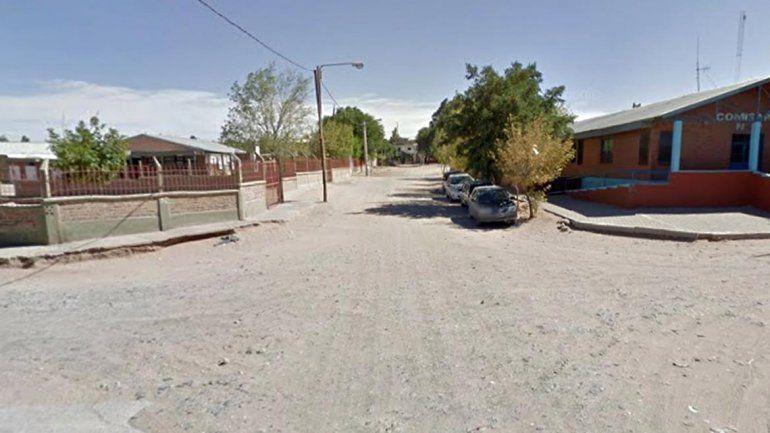 La escuela está frente a la comisaría y cerca del lugar del tiroteo del lunes.