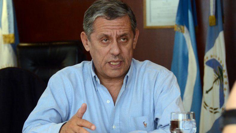 Pechi quiere unificar las elecciones municipales y nacionales
