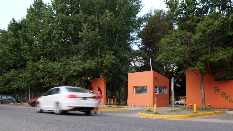La víctima era alumno de remo en el Club Santafesino. El hecho se produjo en un asado en octubre del año pasado.