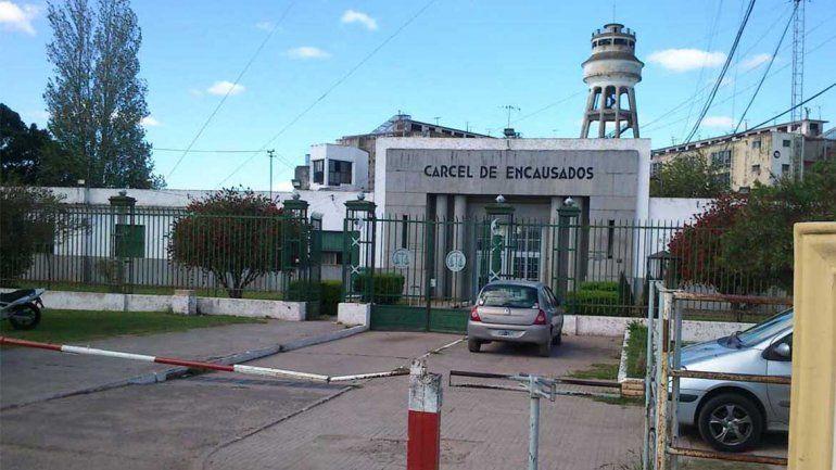 Detienen al jefe del penal de La Plata por la muerte de un recluso