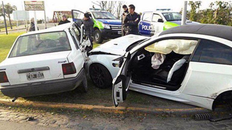 Un delantero de Boca embocó tres: chocó 3 autos a la salida de un boliche