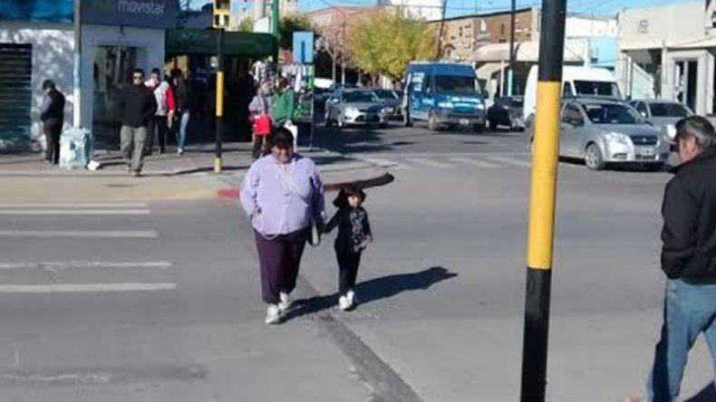 El Municipio instalará un centenar en las calles más peligrosas.