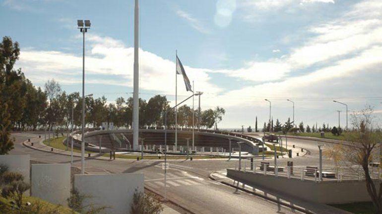 La continuidad de la avenida sería desde la Plaza de las Banderas.