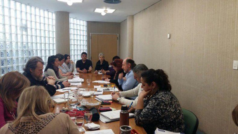 El CPE se comprometió a resolver problemas edilicios del IFD 12