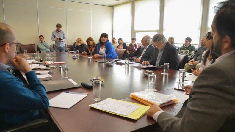 Diputados de la comisión de Trabajo con representantes de la Asociación de Mujeres Meretrices de Argentina.