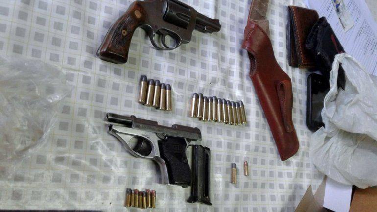 Secuestraron tres armas tras el ataque que sufrió un joven de Huincul