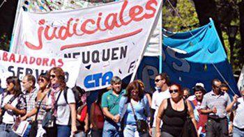 polemica y marcha en el tsj por los secretarios privados