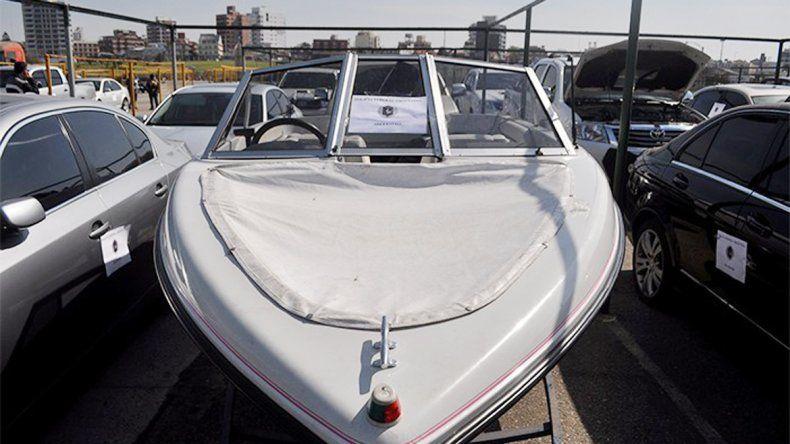En Mar del Plata secuestraron autos de alta gama y una lancha. Hubo ocho personas detenidas por asociación ilícita.