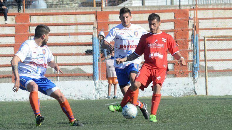 En su debut, el Rojo perdió por 1 a 0 ante Deportivo Roca