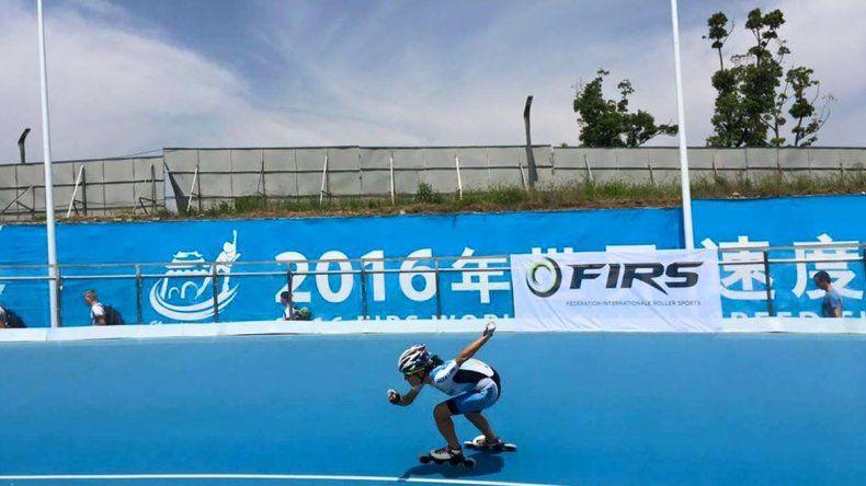 Marias Arias logró su séptima medalla en campeonatos del mundo. Anoche corría los 10 mil metros.