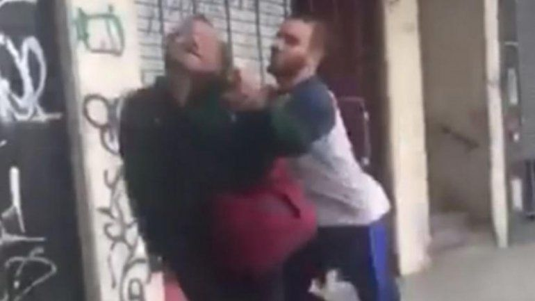 Suspendieron de por vida al rugbier que golpeó a un hombre en la calle
