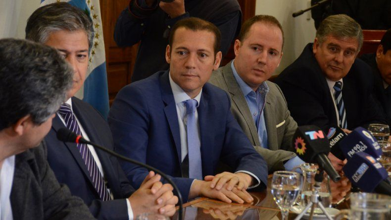 Gutiérrez aseguró que defenderá el precio diferencial de las naftas