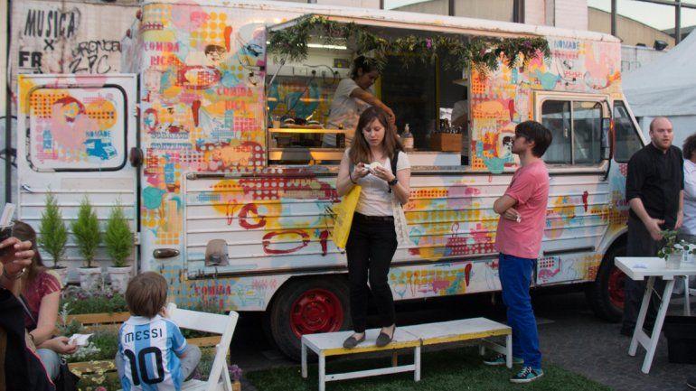 Catorce carritos gastronómicos participarán en el Paseo de la Costa.