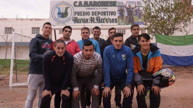Jugadores del plantel actual de Maronese quieren ganar el torneo de Lifune y aliviar el dolor por la pérdida.
