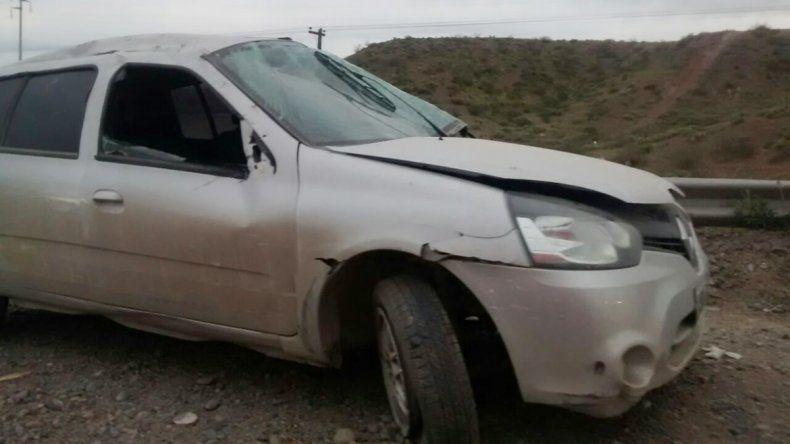 Un borracho zigzageaba en Ruta 7 y chocó a otro auto: no hubo heridos