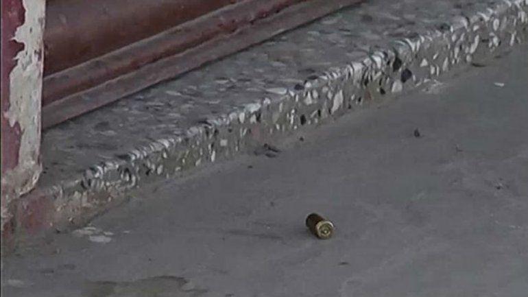Hallaron cuatro casquillos de bala frente al comercio del carnicero