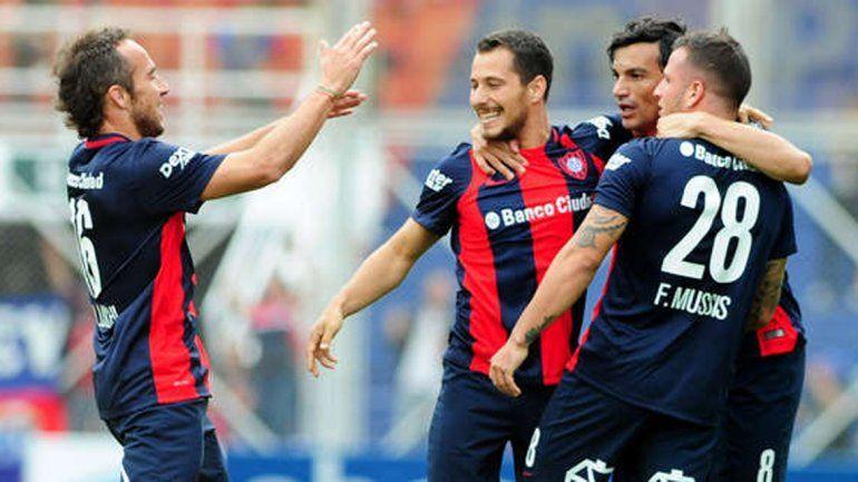 San Lorenzo le ganó 2 a 1 a Vélez en el Nuevo Gasómetro