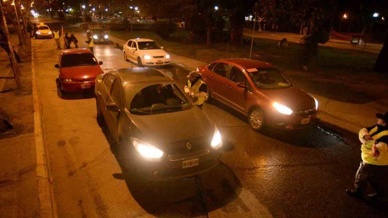 Tres conductores intentaron atropellar a los inspectores