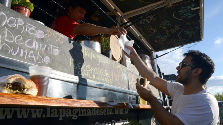 El Festival food trucks se disfrutó con todo el sabor en el Paseo de la Costa