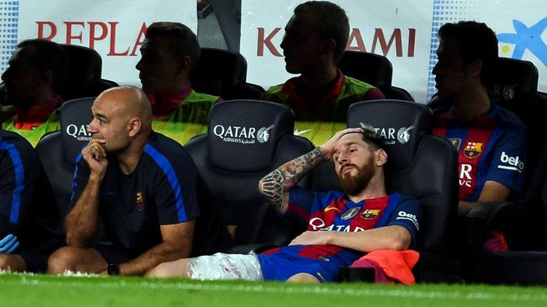 Messi sale con una molestia en el empate del Barça con el Atlético