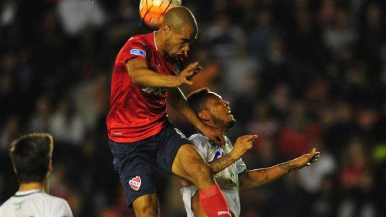 Independiente no tuvo una buena noche e igualó sin goles ante Chapecoense