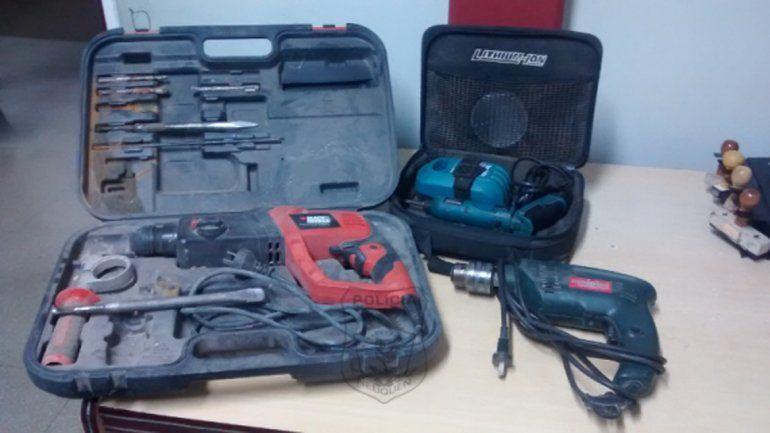 Parte de las herramientas recuperadas por la Policía.