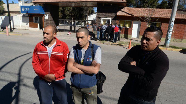 Integrantes de Sinpope se acercaron ayer hasta la Jefatura de Policía.