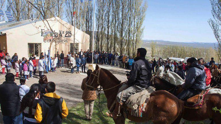 Gutiérrez entregó escrituras a comunidad mapuche Gramajo