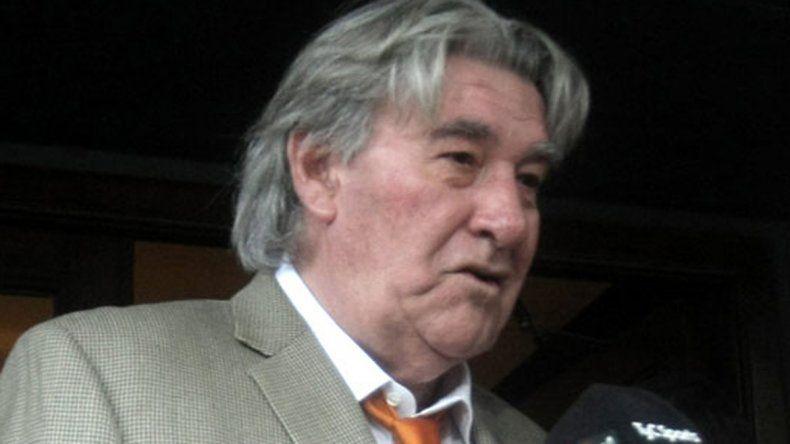 Armando Pérez calificó la medida como un paro político.