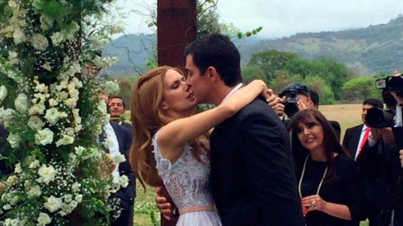 Dieron el sí: Macedo y Urtubey se casaron ante 400 personas