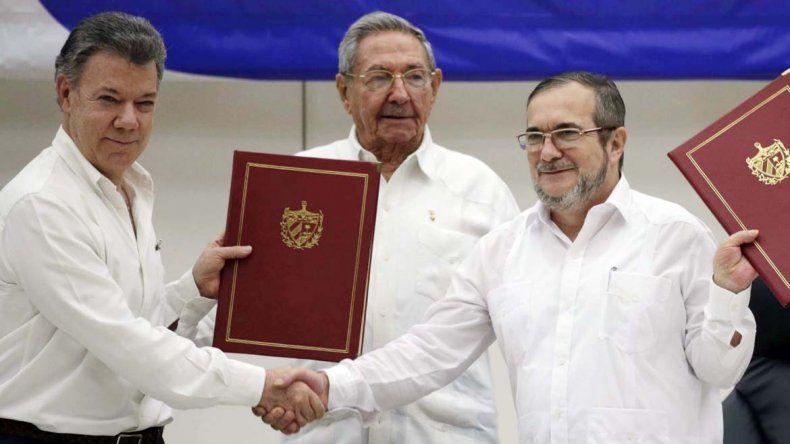 Colombia sella paz con las FARC tras 52 años de guerra