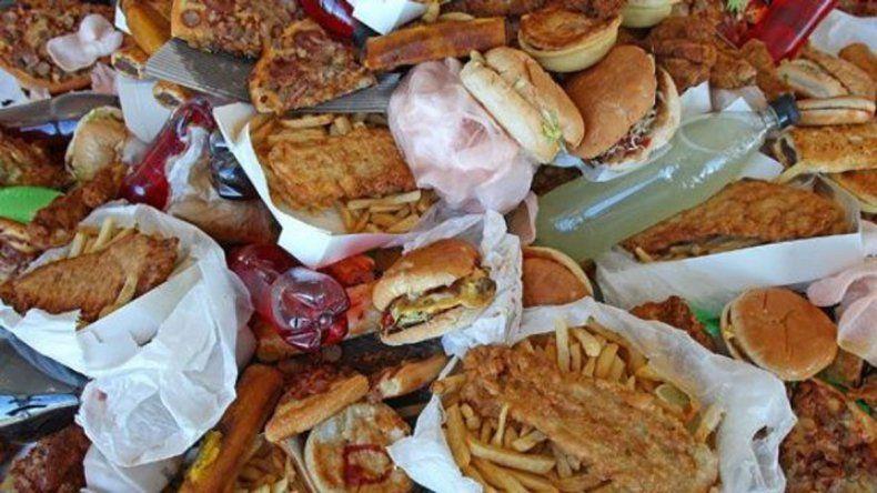 Cada año se desperdician 16 millones de toneladas de comida en el país