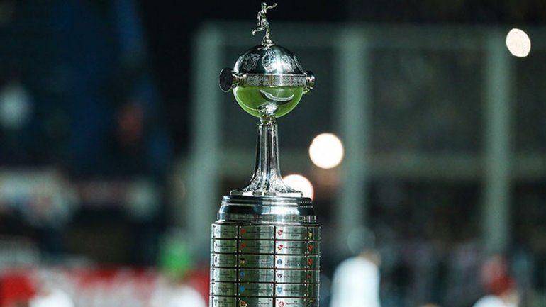 El torneo continental se jugará de febrero a diciembre y con una final.