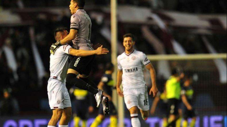 Boca y Lanús buscan el pase a cuartos de final
