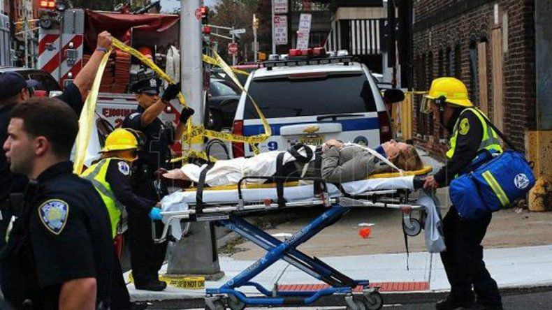 Al menos tres muertos y 200 heridos por el choque de un tren en Nueva Jersey