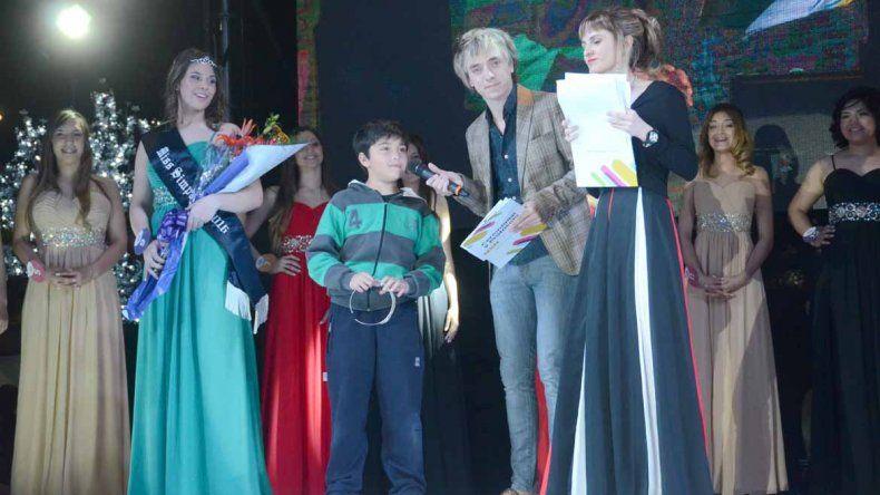 La elección de la Reina de la ciudad de Neuquén fue una fiesta