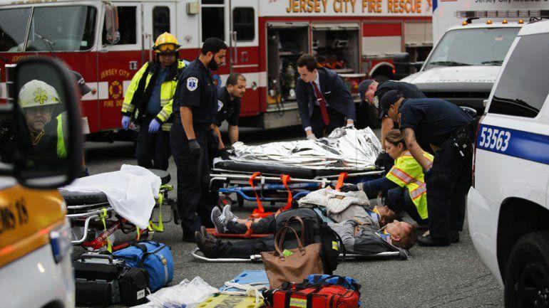 Todo ocurrió en la estación Hoboken y en hora pico. Hay heridos graves.