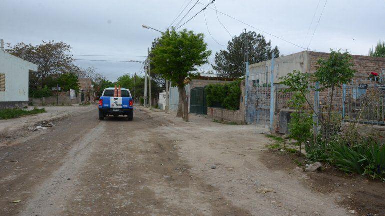 La casa de calle Domene al 1300 a la que ingresaron los delincuentes para robarse el suntuoso botín.